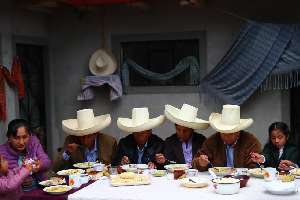 Desayuno_tradicional_de_Castillo.jpg