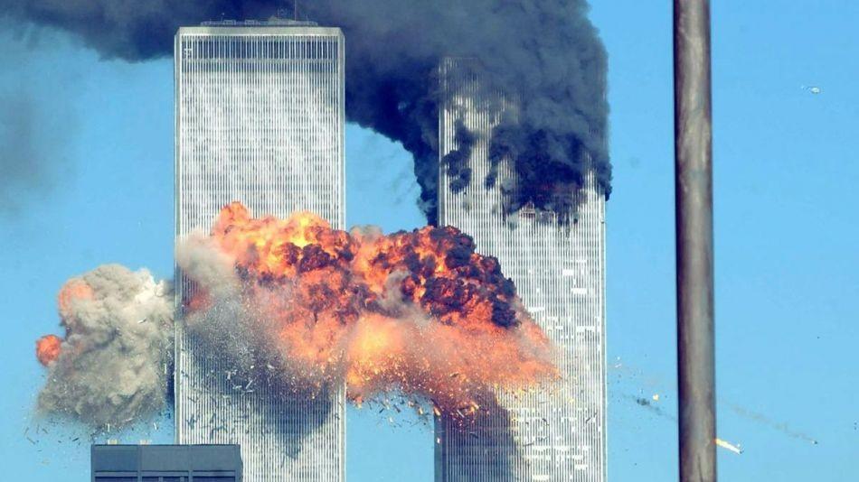 atentado-en-las-torres-gemelas-1014755.jpg