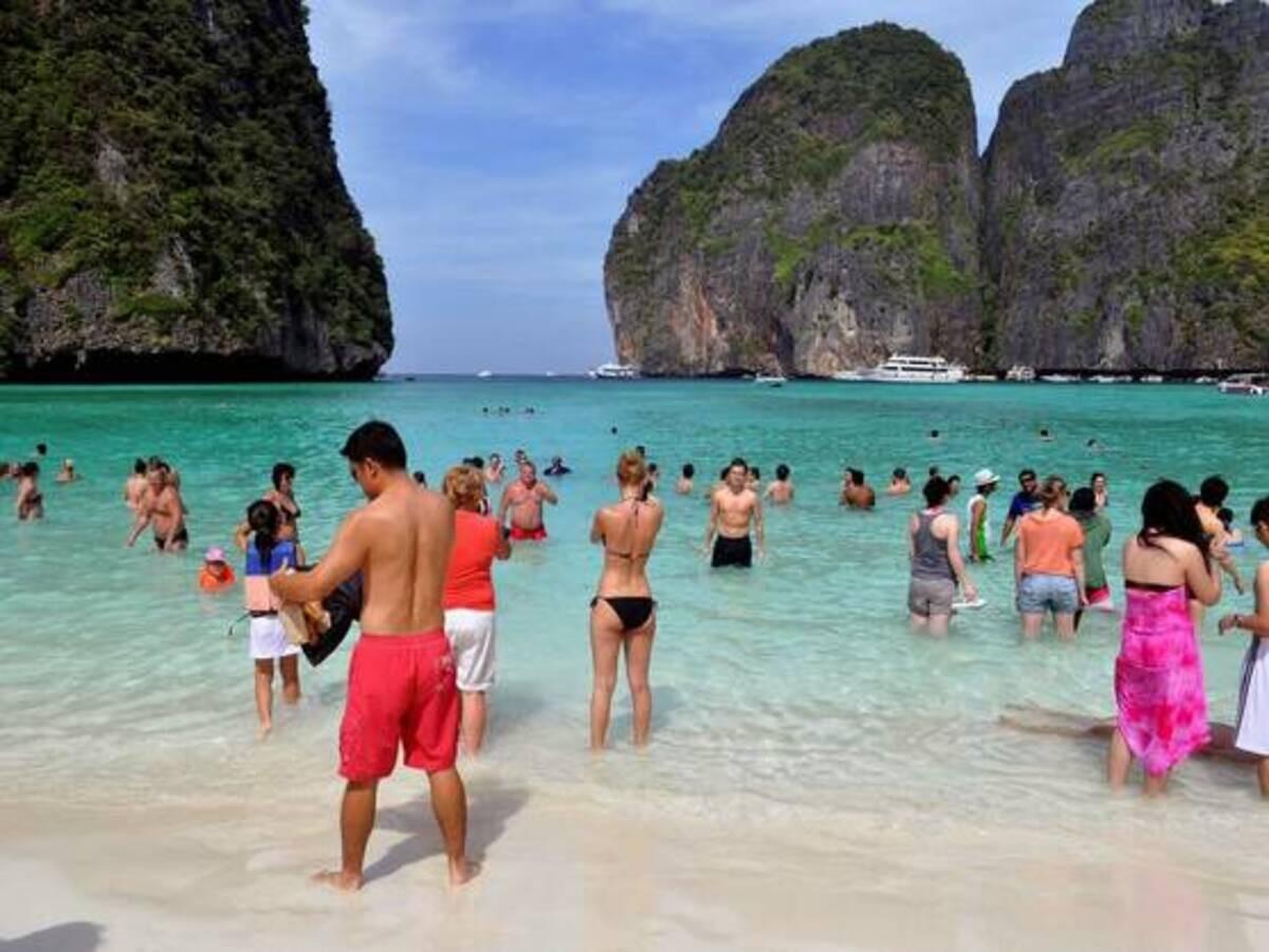 tailandia-prohibe-todas-las-cremas-solares-con-quimicos-que-danen-los-corales.jpg