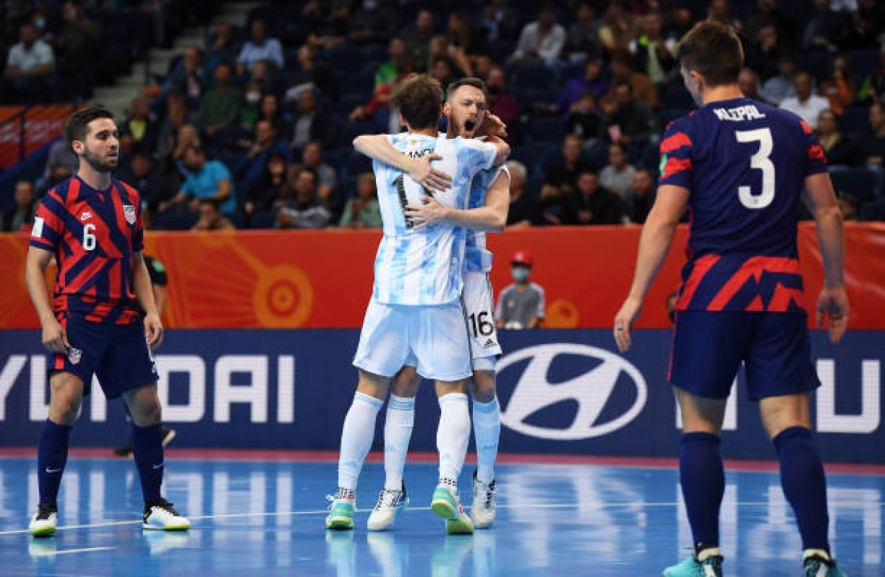 Arrolladora goleada de Argentina en su debut en el Mundial de Futsal -  Noticias Argentinas