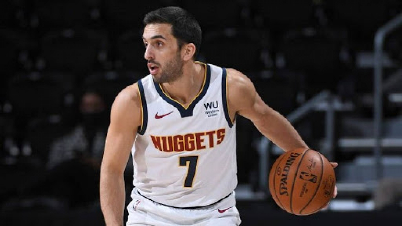 Campazzo se destaca en Denver Nuggets.