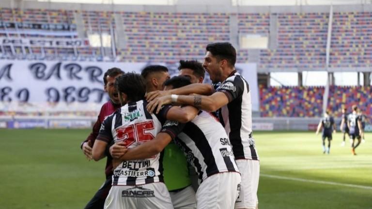 En Santiago del Estero, Central Córdoba derrotó agónicamente a Talleres por 2 a 1