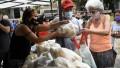 El Gobierno destacó que trabaja con las cadenas de trigo para que el pan tenga un