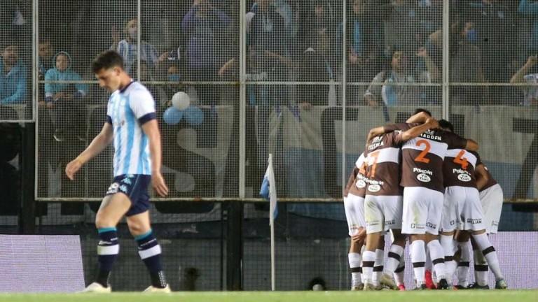 Racing perdió con Platense 1 a 0 y agudizó su crisis interna
