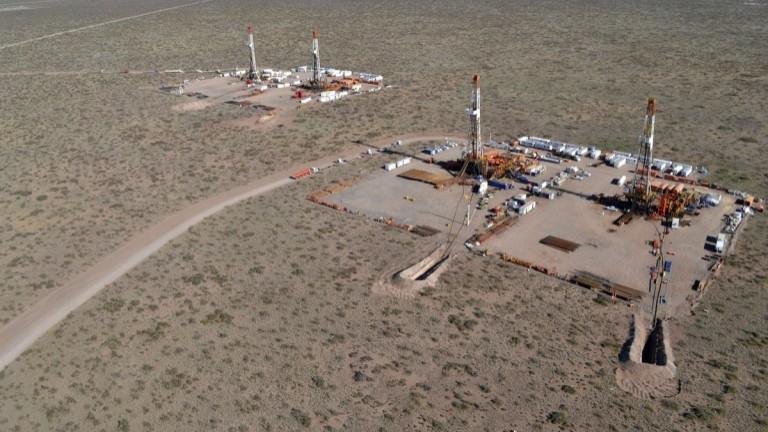 La menor actividad en Vaca Muerta incidió en una baja de la producción de petróleo y gas