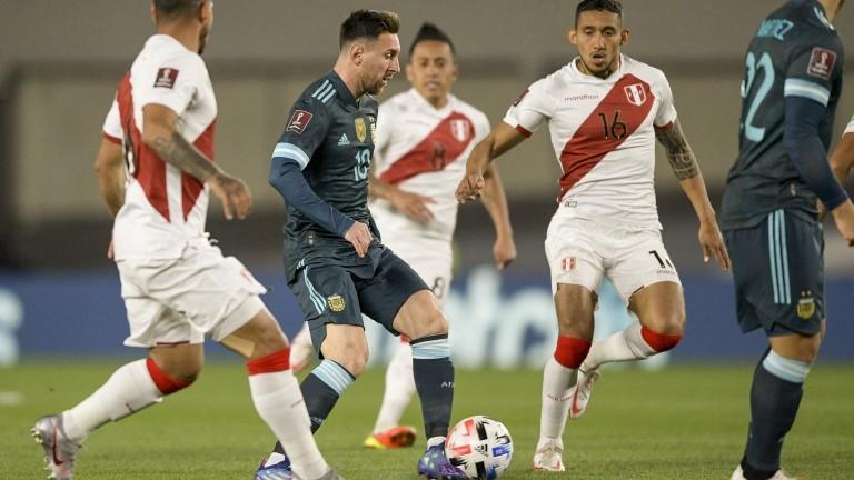 La dura crítica de Messi contra el árbitro brasileño Sampaio por el penal a Perú