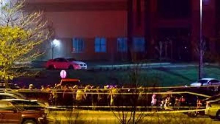 Un tiroteo en Indianápolis dejó ocho muertos